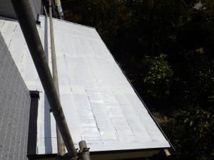 下塗 小屋根 完了