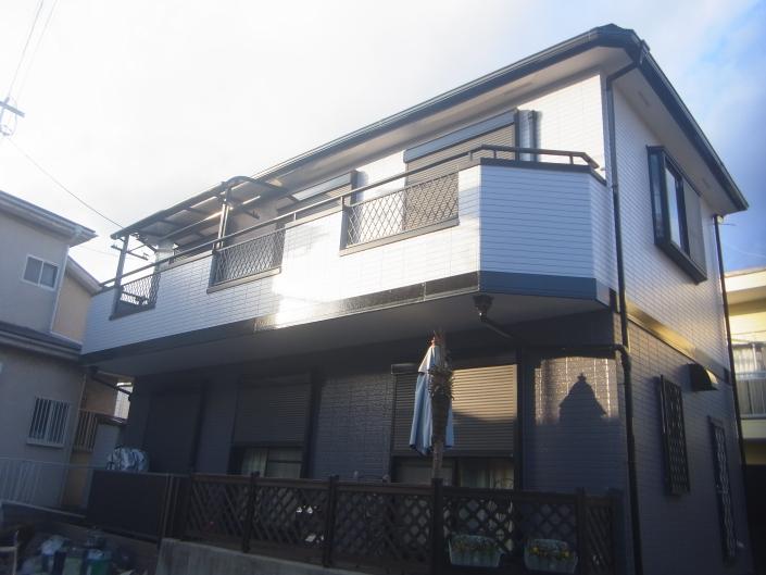 茅ヶ崎市萩園のA様邸 木造一戸建て 外壁・屋根・付帯部の塗装工事(塗料:コスモマイルドシリコンⅡ)