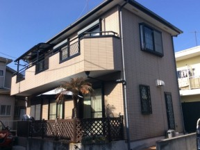 茅ヶ崎市萩園のA様邸 木造一戸建て|外壁・屋根・付帯部の塗装工事(塗料:コスモマイルドシリコンⅡ)