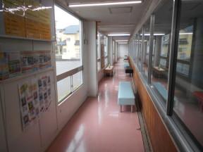 神奈川県平塚市の某スイミングスクール|室内の内装塗装工事(塗料:アレスシリコンACⅡ)