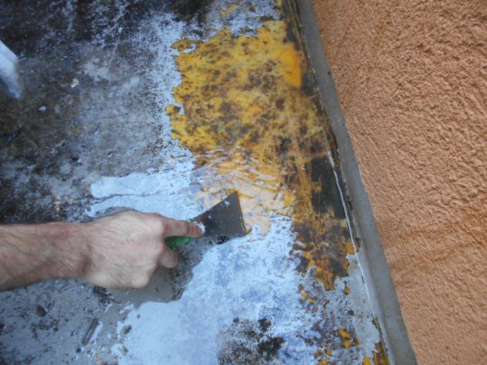 ベランダの防水工事(塗料:タフシール)|神奈川県平塚市唐が原のH様邸