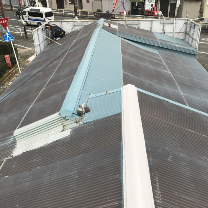 トタン屋根の塗装工事(パワーMレタン) 神奈川県平塚市のS様邸