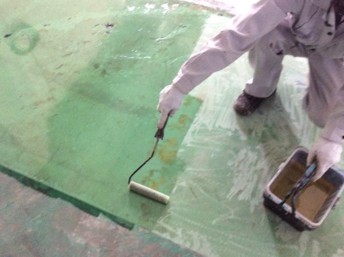 工場内の床の塗装工事|神奈川県平塚市・某自動車部品工場の塗装リフォーム
