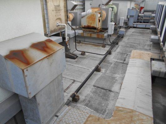 雨漏りによる屋上の防水補修工事(水性防水材・密着工法)|神奈川県高座郡寒川町・某工場の防水リフォーム