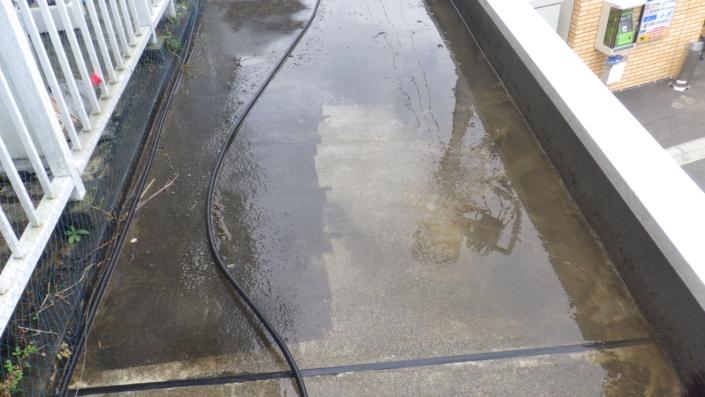 雨漏りによるベランダの防水補修工事(ウレタン密着工法)|神奈川県平塚市松風町・某マンションの防水リフォーム