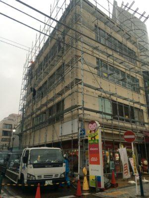 修繕工事に伴う仮設足場の組み立て|神奈川県平塚市にて足場工事