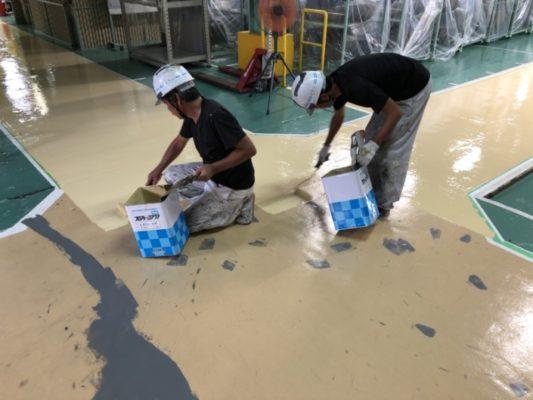 神奈川県茅ヶ崎市の某部品製造工場にて床塗装工事