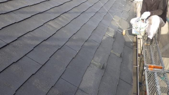 屋根の下塗り塗装工事