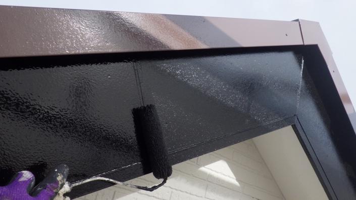 破風板の塗装工事