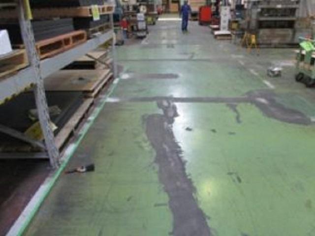 工場床の塗装前