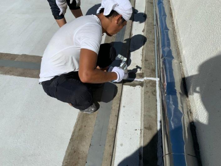 屋上の防水工事(通気緩衝工法)|茅ヶ崎市南湖の某老人ホームにて雨漏り修理