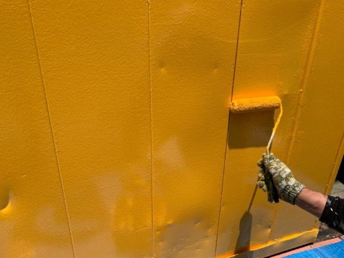 鉄扉の上塗り塗装